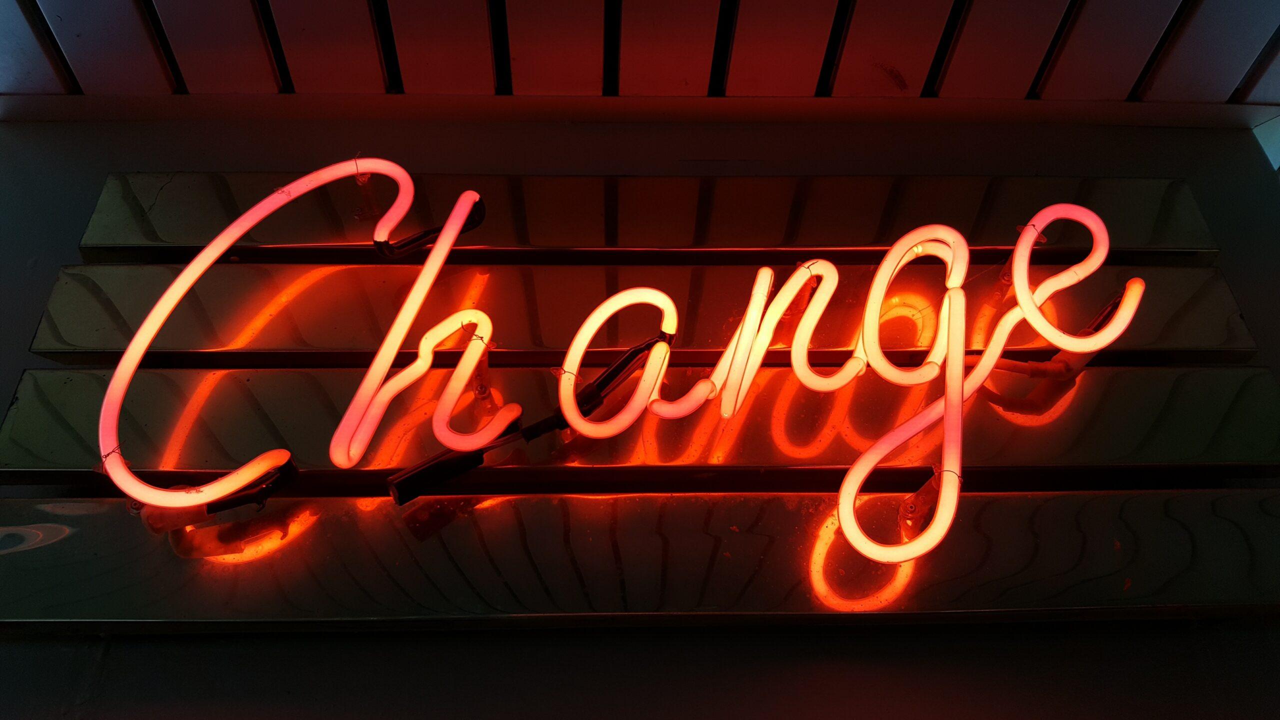 innováció, change felirat